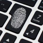 Cómo ayuda la verificación biométrica a proteger tus finanzas