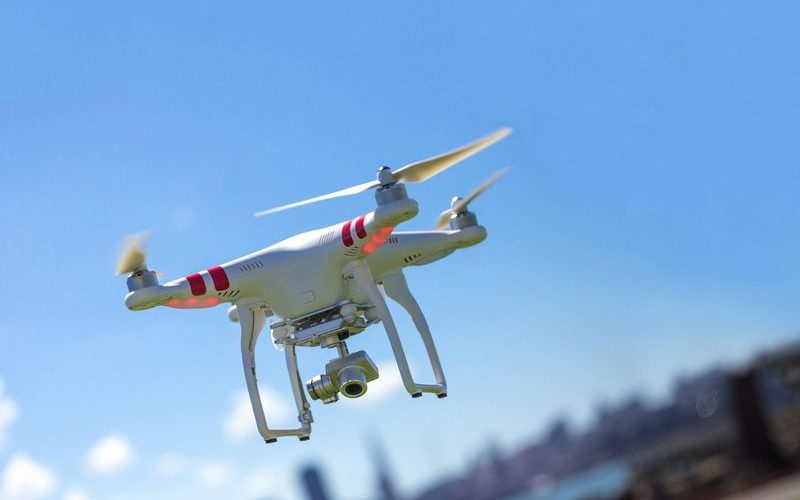 e6b950cae7 La importancia de que este dron sea capaz de posarse como un pájaro ...